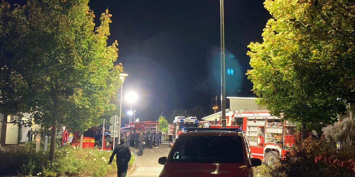 Beitragsbild zu: Gemeinde und Feuerwehr Rheinhausen als hervorragende Gastgeber gewürdigt